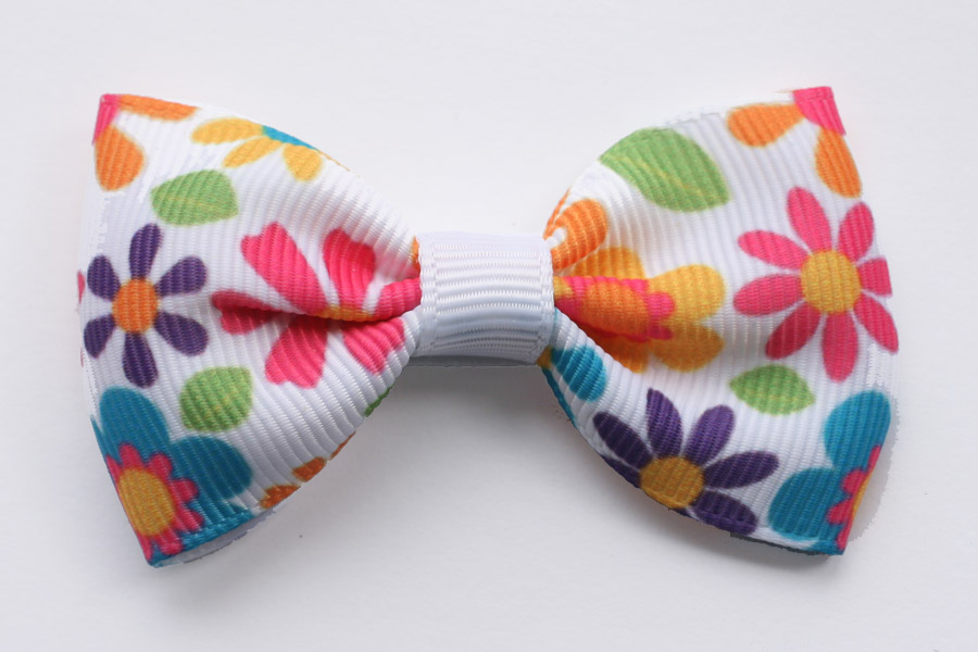 Big Beautiful Bow Hippy Flowers - Click Image to Close