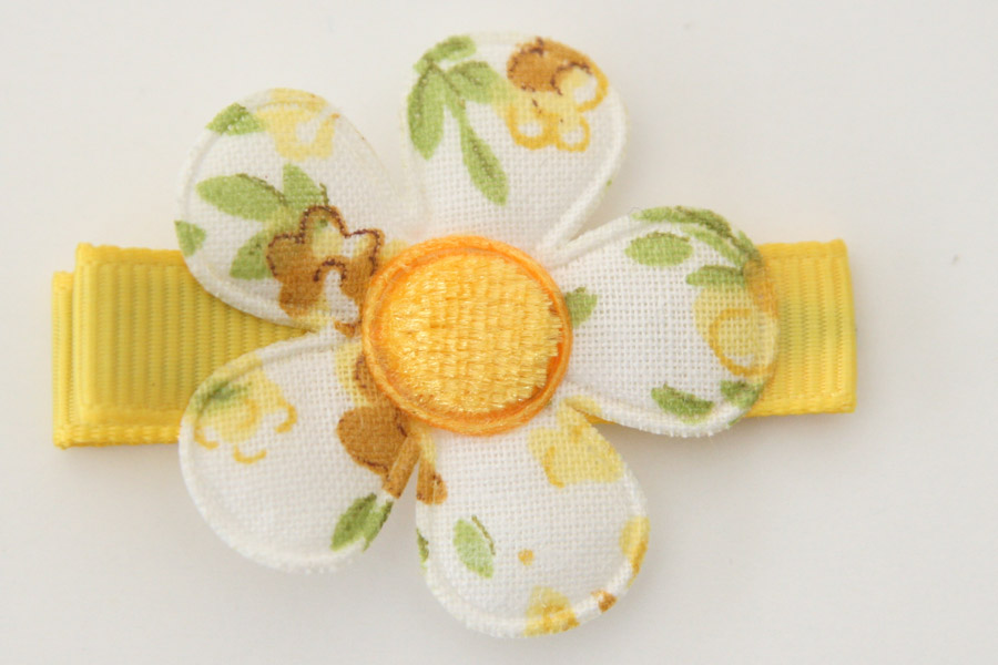 CC190111 White & Yellow Floral Flower