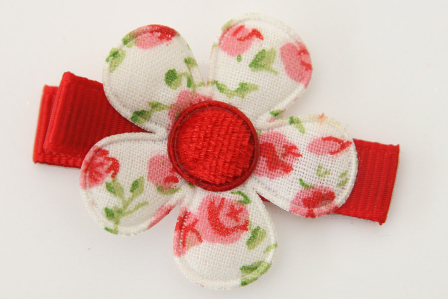 CC19019 White & Red Floral Flower