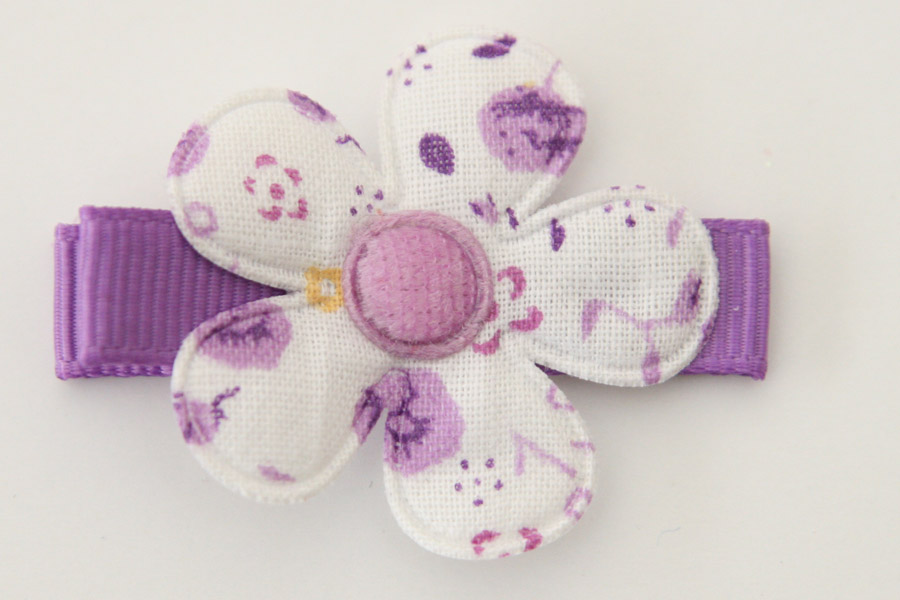 CC190110 White & Purple Floral Flower