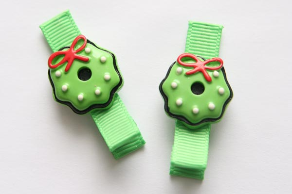 Christmas Resin Clips - Christmas Wreath