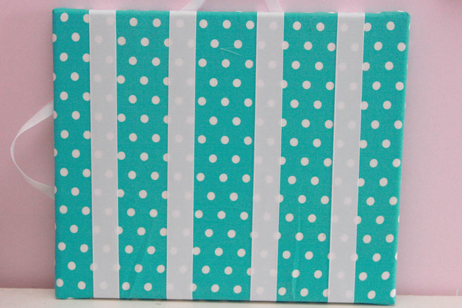 Aqua & White Dots Hairclip Board