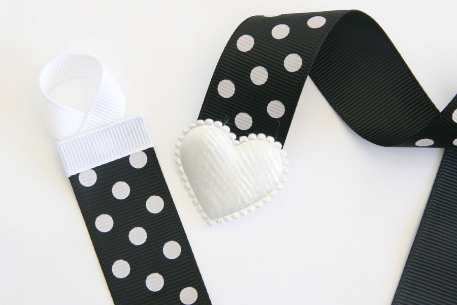 Basic Holder - Black with White Dots