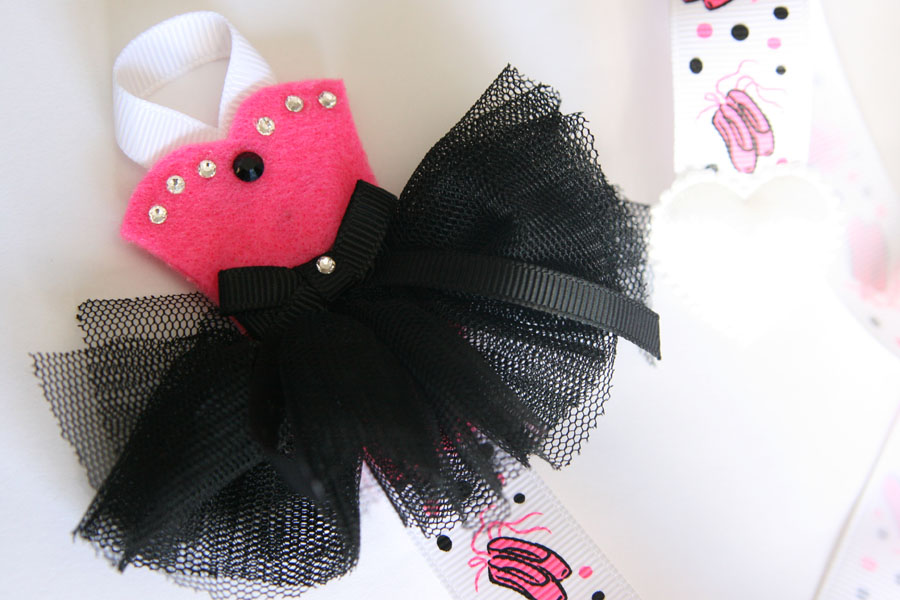 Tutu-Cute Hairclip Holder - HOT PINK & BLACK