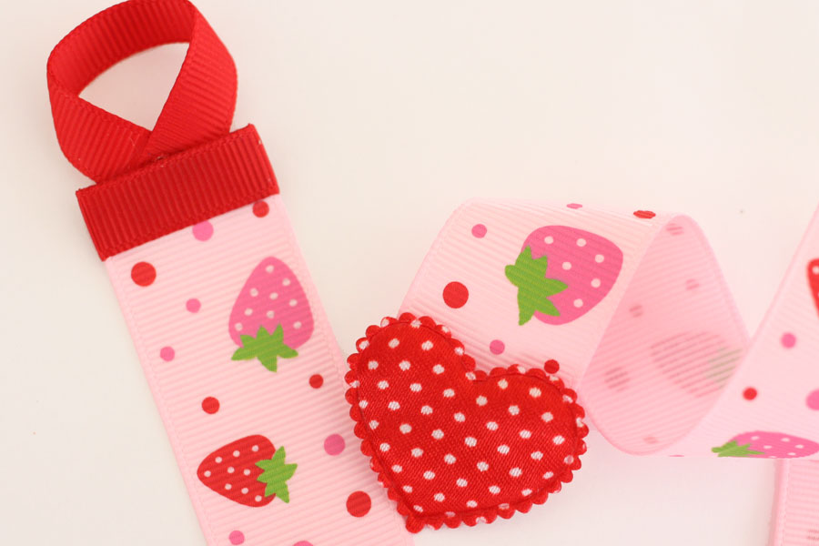 Basic Holder - Pink Strawberry Print