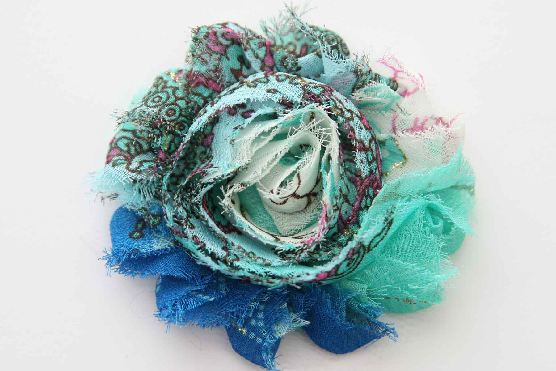 Shabby Chic Flower - Peacock Print