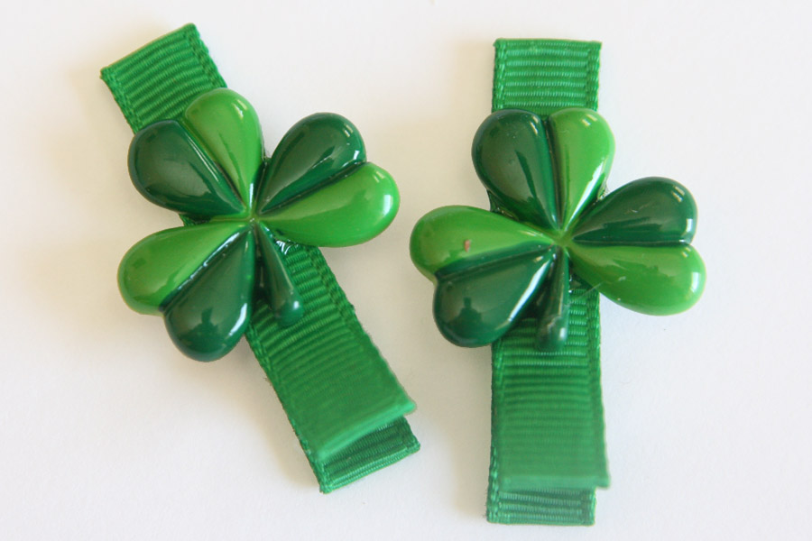 St Partick's Day Clover Resin Clip