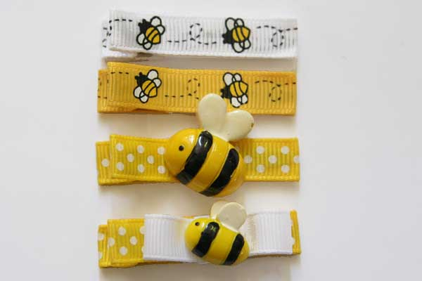 Bumble Bees Clippies