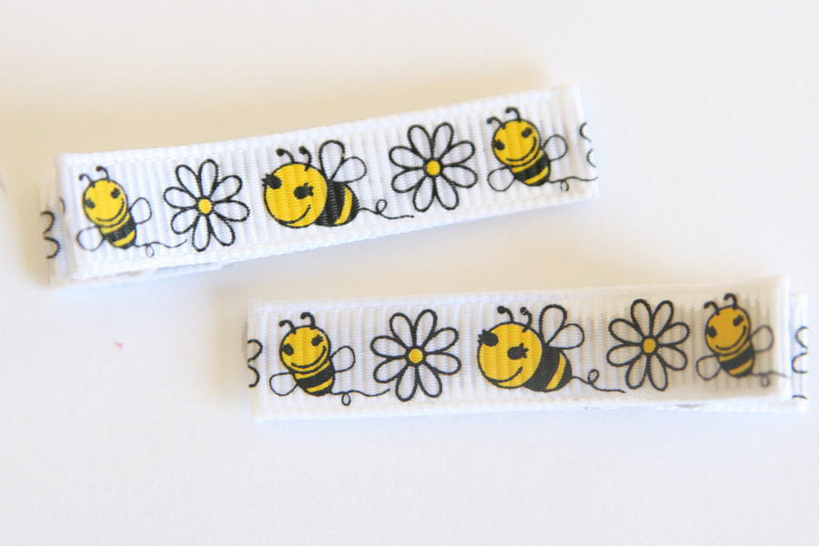 Bumble Bee & Daisies Clippies