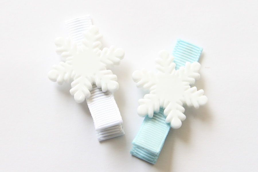 Snowflake Resin Clip FROZEN - Click Image to Close