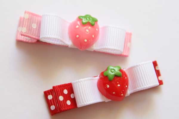 Sweet Strawberry Resin & Bow